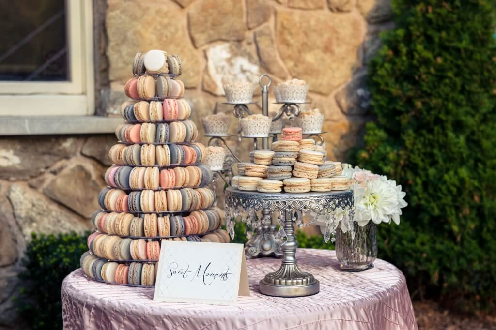 macarons wedding cake macaron towers a cake alternative for weddings 16969