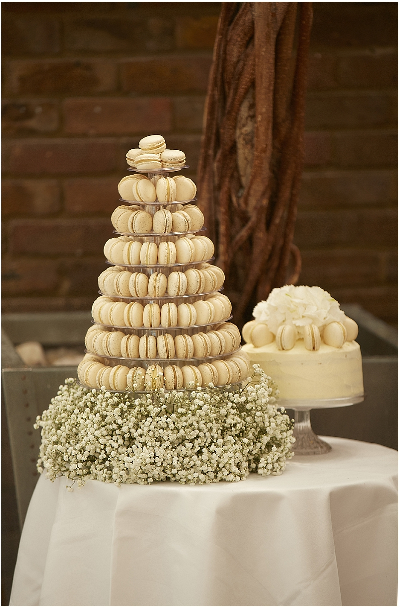 London_Wedding_Islington_Macarons_Macaroons_Tower_Cake_Delivery_UK_Mlevyn_Vincent_13